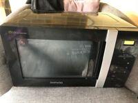 Daewoo Black microwave 800 watt excellent condition