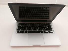 """Apple Macbook 2010 (Late) 13"""" For Parts"""