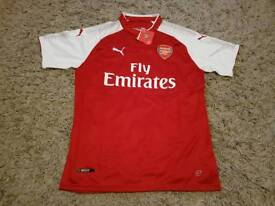 Arsenal home shirt, brand new