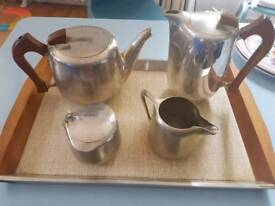 Vintage 1950s/60s Picquot Ware 5 Piece tea set