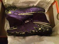 uk size 5.5 Nike hypervenom phantom II football boots. Excellent condition!