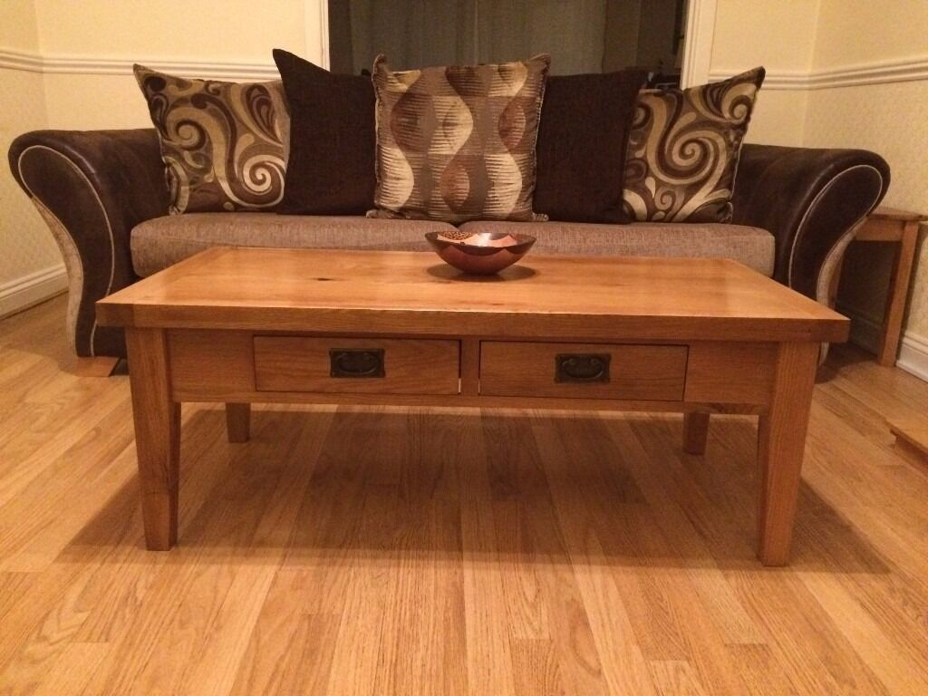 Solid Oak Coffee Table **PRICE DROP** was £135 Now £115!!