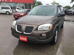 2009 Pontiac Montana SV6 SV6 London Ontario image 3