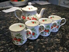 Sadler Fine Bone China mugs and teapot
