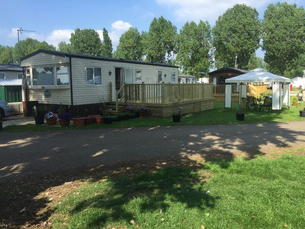 CARAVAN to Hire (BillingAquadrome) Northampton