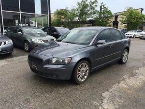 2005 Volvo S40 AWD,6spd,safety e/t+3 YEARSwarranty inc