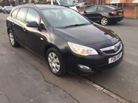 Vauxhall Astra 2011 please ring on 07981340395