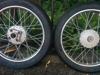 HONDA CB 125S WHEELS AND TYRES.