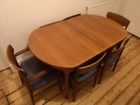 Mid Century Modern Oval Teak Dining Table with 6 Chairs