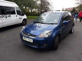 Ford fiesta 1.25 blue metalic lovely small car very cheap for insurance (Miles 83000)