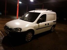 2008 EX BT VAUXHALL COMBO WITH FULL SERVICE HISTORY