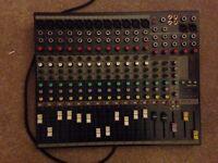 Soundcraft EFX 12 (practically new)