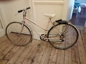 PINK BICYCLE. RALEIGH BRAND. 10 POUNDS