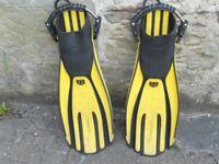 Avanti Quatro diving fins size XL