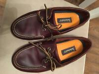 Men's size 9 brown Timberland loafers