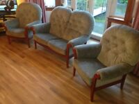 Cintique Belvedere green beech 3 piece suite in very good condition