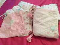Mothercare cot bedding very good condition