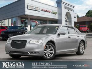 2017 Chrysler 300 LIMITED | LEATHER | SUNROOF | CLEAN!