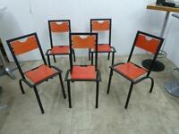 5 Metall Stühle mit Holz Sitzfläche und Rückenlehne Imbiss Bistro Berlin - Pankow Vorschau