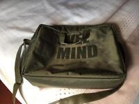 Lap top travel bag