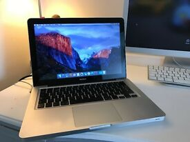 "Apple macbook 13"" unibody - 2.4GHz - 4GB Ram DDR3 - Intel core 2 Duo - 320GB HDD - Aluminium"