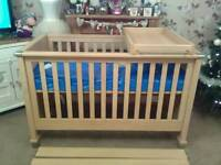 UNUSED MAMAS AND PAPAS COT BED WITH UNUSED COT TOP CHANGER PLUS UNUSED MATTRESS IN BAG