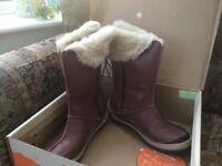 Ladies boots. Merrill. Size 6/39 .Oslo waterproof.Never worn. In original box. Great pressie.