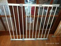 BabyDan Super Flexi Fit Safety Gate - White