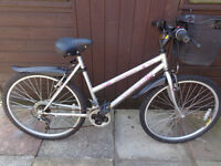 ladies bike with front basket, new d-lock ready to ride can deliver