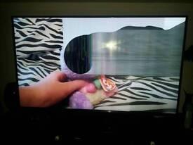 *spares or repairs* 60 inch lg flatscreen tv