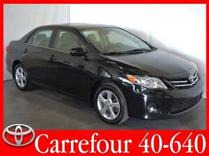 2013 Toyota Corolla LE Bluetooth+Sieges Chauffants+Mags+Toit Ouv