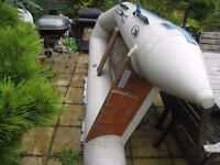 Inflatable Dinghy...does not have a FLOOR or oars.... £100