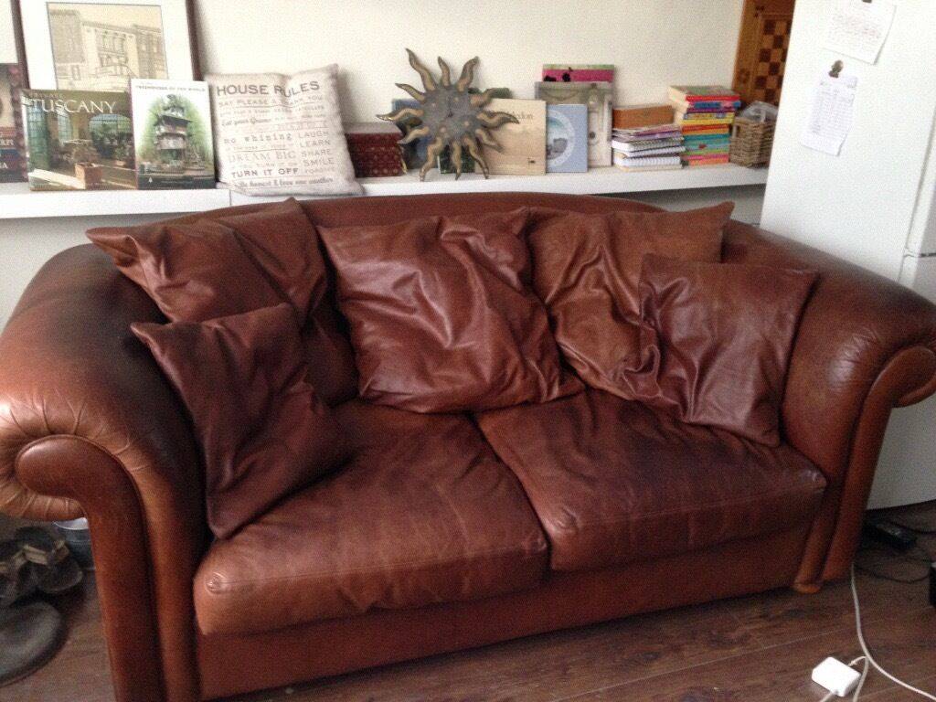 Leather 3 seater Sofa With Loose Cushions In Wimbledon