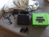 XBOX ONE 500GB, KINECT, CONTROLLER, NO GAMES - 2015 PURCHASE - CASH & COLLECTION IN LEEDS ONLY