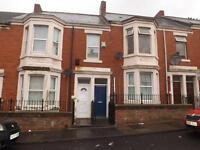 3 bedroom flat in Hampstead Road, Benwell