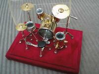 Mini Drum Kit Model, unwanted gift....cost 39 $