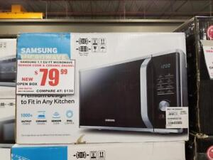 SAMSUNG 1.1 Cu Ft / 1000 Watt Microwave NEW / Open Box