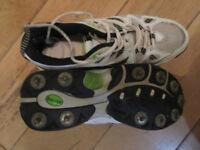 Cricket Shoes (spikes) - Kookaburra - Size 9