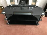 Black Gloss TV table. Excellent condition.