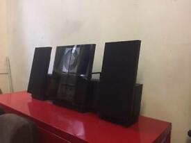 Vintage bang and olufsen stereo