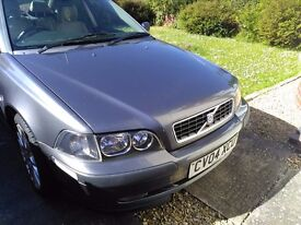 Volvo S40 1.9D Sport - spares or repair. Current MOT, Arcacia alloys with 4 nearly new tyres
