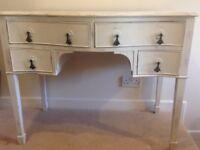 Cream distressed dressing table