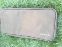 Trakker buzz bar bag and accessory pouch