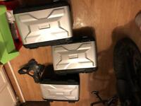 BMW Vario Panniers set and top box with mounting bracket R1200GS LC