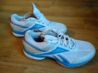 Reebok Easy Tone Smoothfit trainers, size 6