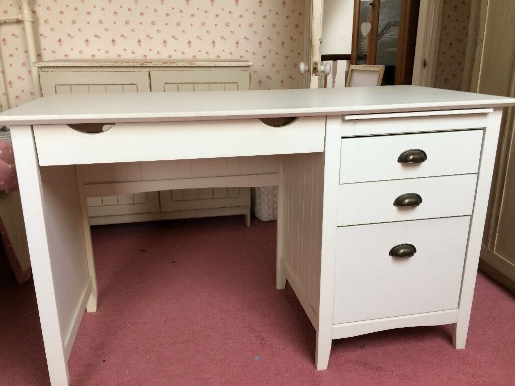Great Shaker Style White Computer Desk With 3 Drawers For