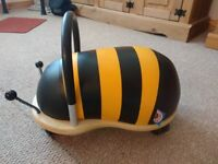 Wheely bug ride on toy (bee design)