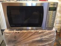 NEW EX DISPLAY MICROWAVE OVEN PANASONIC NN-CT585S