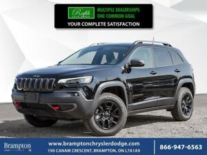 2019 Jeep Cherokee TRAILHAWK 4X4 | EX CHRYSLER COMPANY DEMO