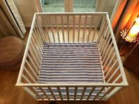 Baby Dan play pen - white with playmat